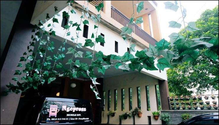 Arinda Guest House Syariah Bandung - exterior