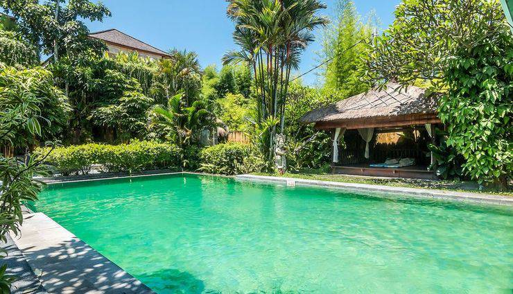 ZEN Rooms Kerobokan Umalas Klecung Bali - kolam renang