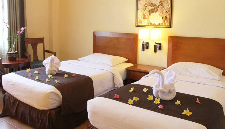 Narita Classic Hotel Surabaya - Kamar Deluxe