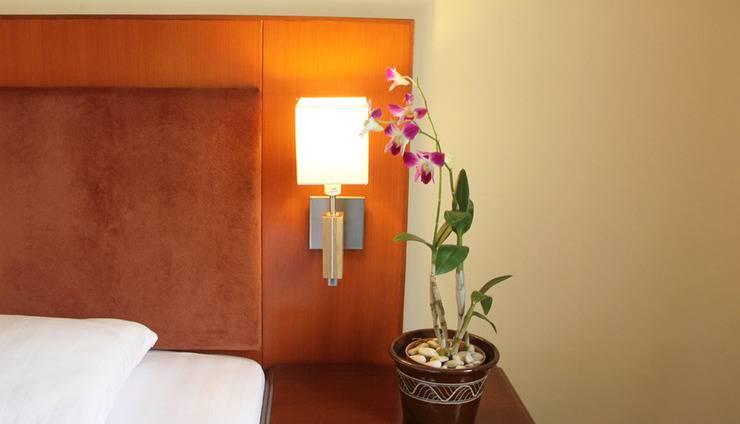Narita Classic Hotel Surabaya - Room