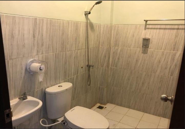 Asifa Guest House Syariah Malang - Bathroom