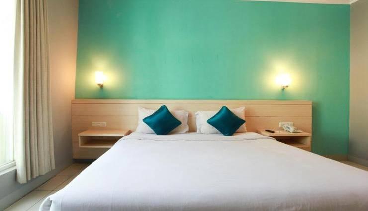Apita Express Cirebon - Room