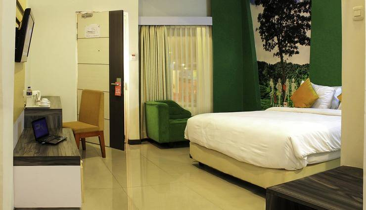 Promenade Hotel Bandung - Grand Deluxe King