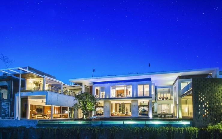 Tigadis Villa Bali - Appearance