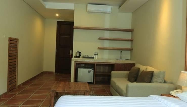RedDoorz @Kerobokan Seminyak Bali - Guest Room