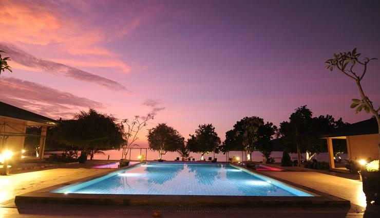 Sylvia Resort Komodo Manggarai Barat - Kolam Renang