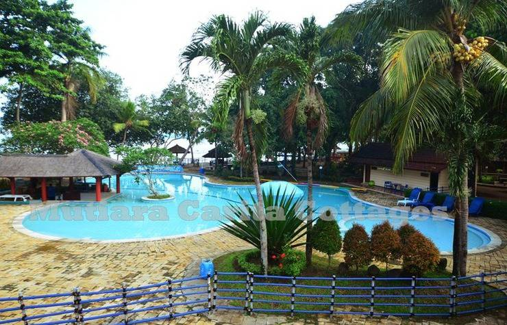 Mutiara Carita Cottages Pandeglang - Pool