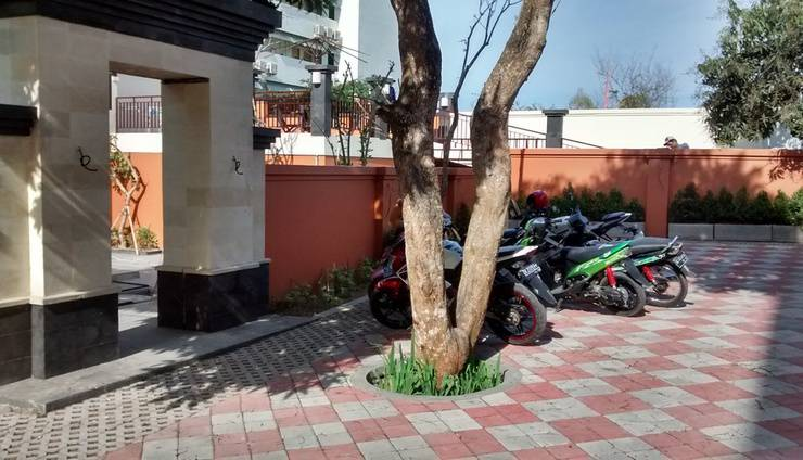 The Hill Ungasan Guest House Bali - Pintu masuk