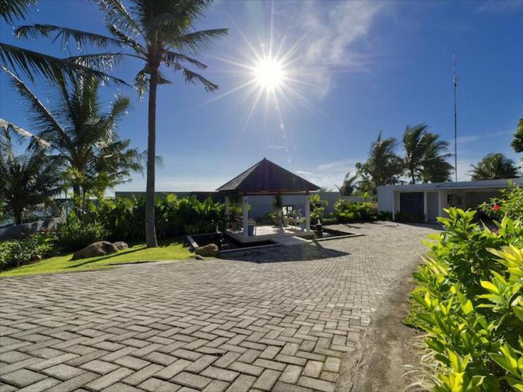 Malimbu Cliff Villa Lombok - Appearance