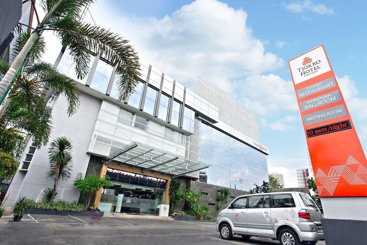Tjokro Hotel Pekanbaru - Front of Property