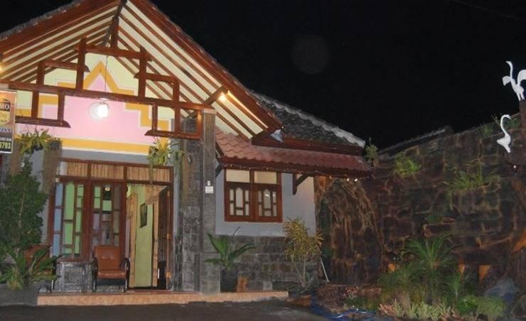 Vivi Homestay Room Malang - Eksterior