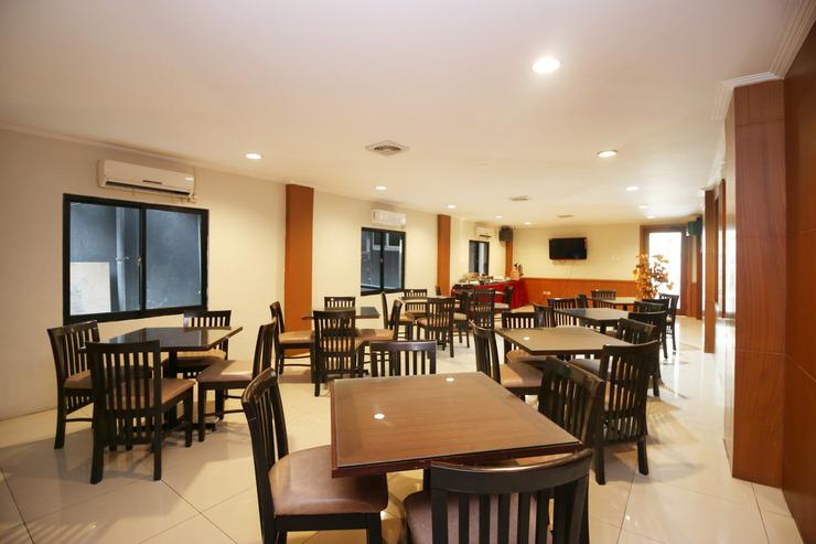 Airy Kayu Tangi Brigjen Hasan Basri 70 Banjarmasin - Restaurant