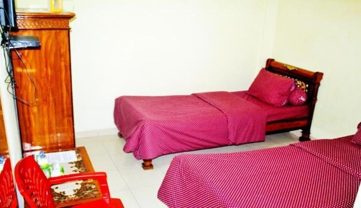 Hotel Al Madinah Pariaman Pariaman - Room