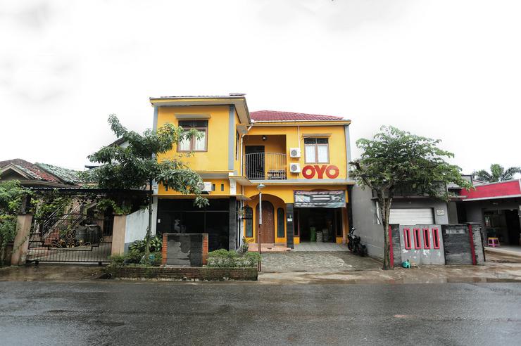 OYO 2872 Garuda Guest House Banjarmasin - Facade