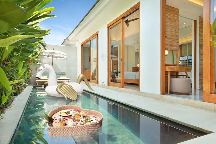 Astera Villa Seminyak Bali - Kolam renang