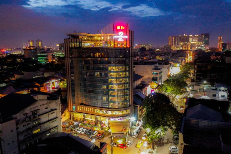 Hermes Palace Hotel Medan by BENCOOLEN Medan - Night View