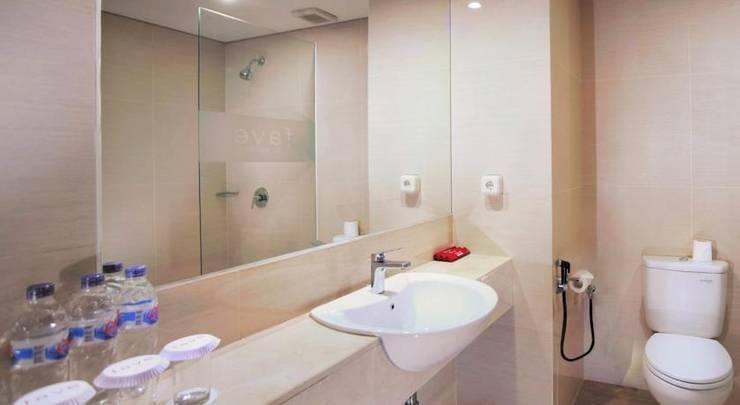 favehotel Makassar - Bathroom