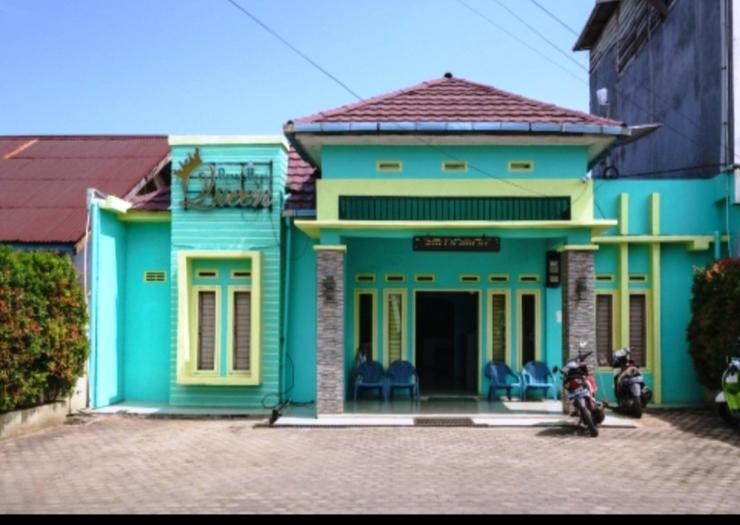 Queen Guest House Bengkulu - luar