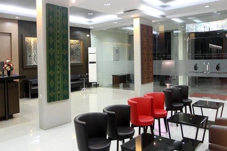 New Legend Hotel Makassar - Lobi