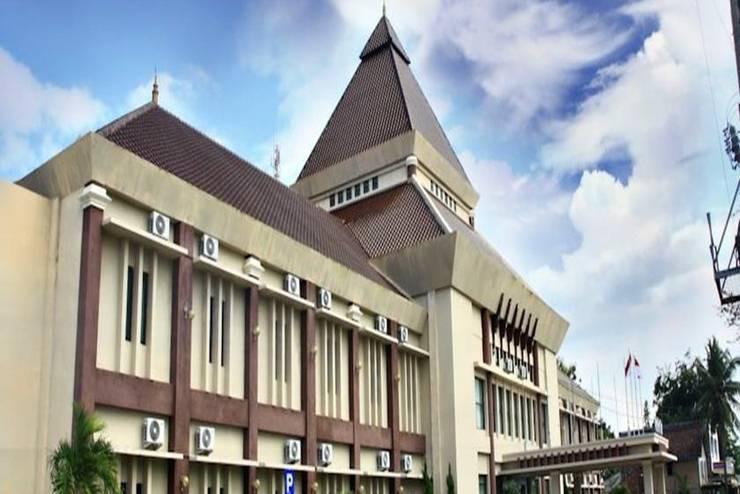 Parai Puri Tani Hotel Palembang - Tampilan Luar Hotel
