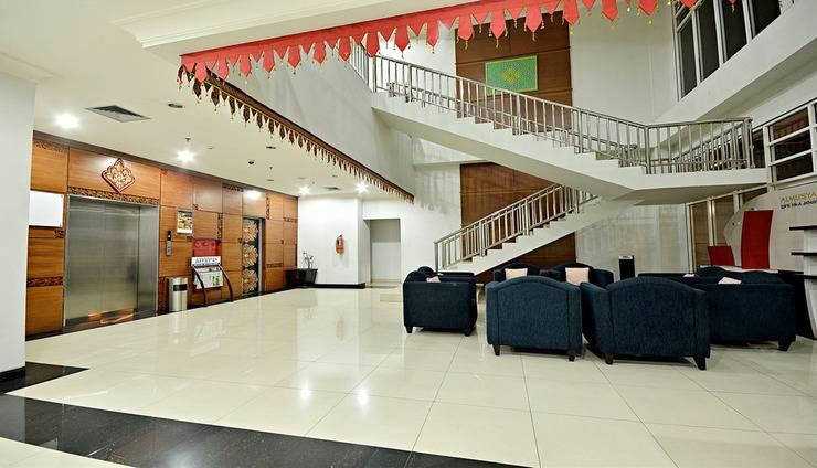 ZEN Premium Menteng Gondangdia Jakarta - Interior Hotel
