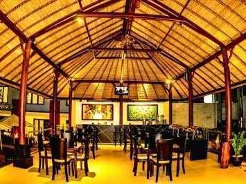 Ozz Hotel Kuta Bali - Restoran