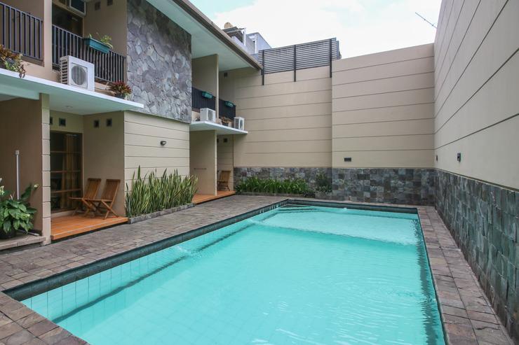 Airy Cigadung Raya Barat 9A Bandung - Pool