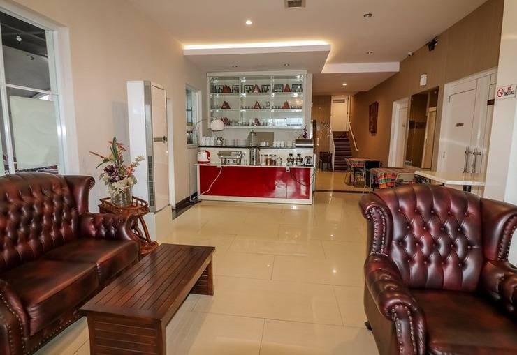 NIDA Rooms Losari Beach Rotterdam Makassar - Ruang tamu