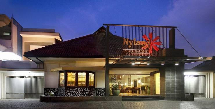 Hotel Nyland Cipaganti - Tampak depan