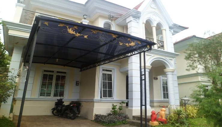 Santibi's Villa Kota Bunga Melati B Cianjur - Facade