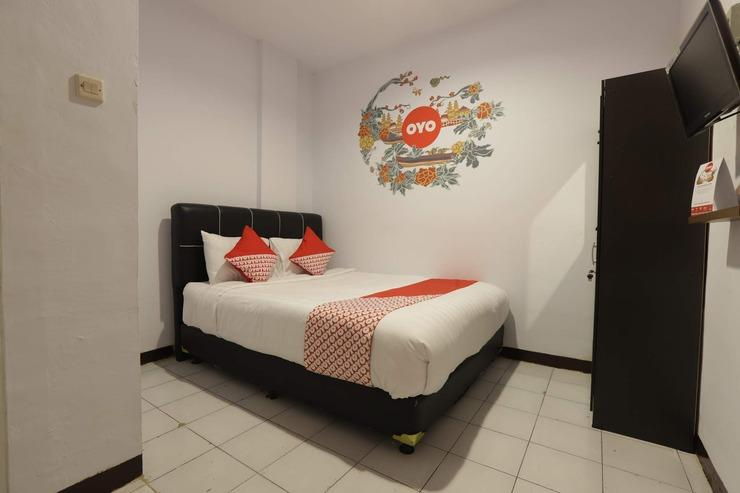 OYO 176 Virgo Residence Jakarta - Bedroom