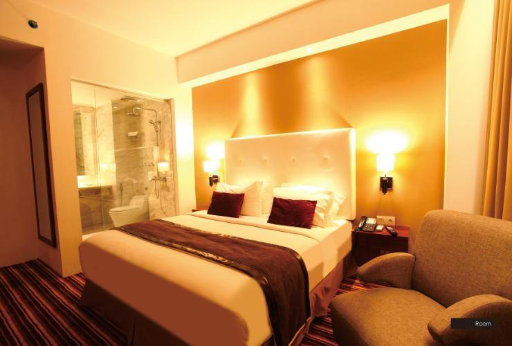 Hotel Royal Asnof Pekanbaru - Double room