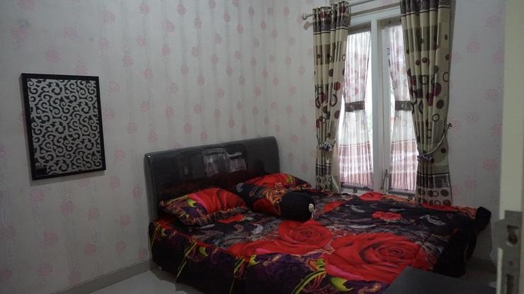 Villa DP Planet 38B Malang - Bedroom