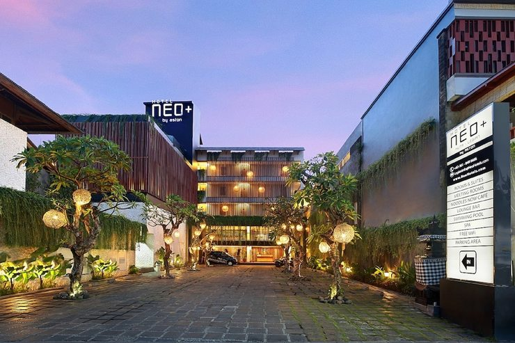 Neo+ Kuta Legian - Front of Property - Evening/Night