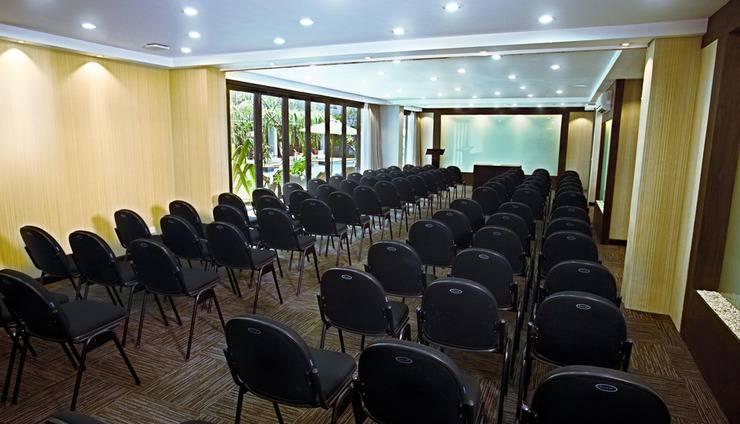 Neo+ Kuta Legian - Neo+ Kuta Legian Meeting Room 3 Theater