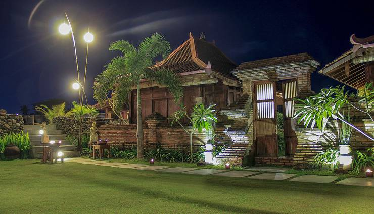 Tembi Rumah Budaya Yogyakarta - Pemandangan di Belakang