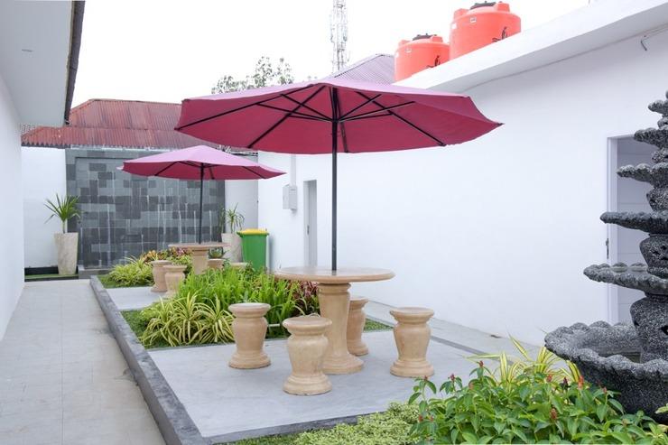 RedDoorz Plus near UNIMED Medan Medan - Eksterior