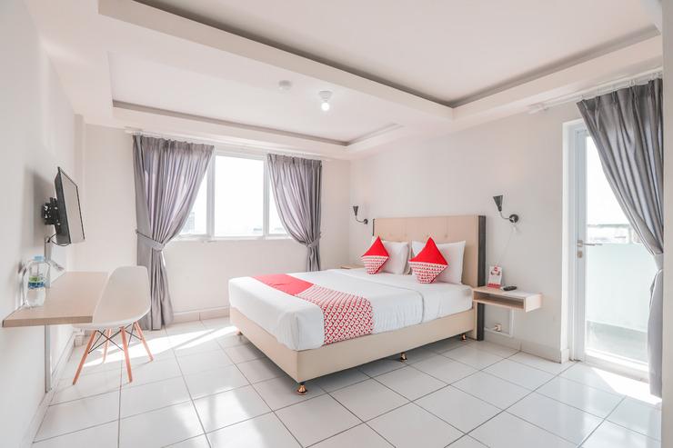 OYO Flagship 210 Amethyst Kemayoran Near RSUD Pademangan Jakarta - Bedroom
