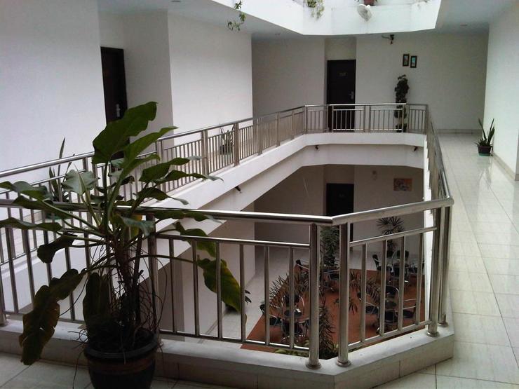 Lucky Inn Manado  Manado - Interior