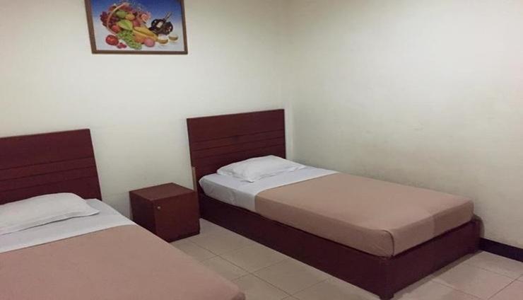 Mario Hotel Pare Pare - Room