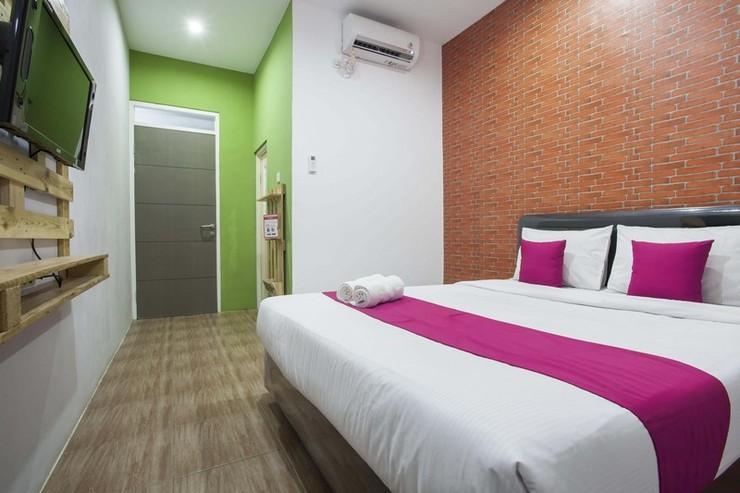 Hotel B Walk Malang - Kamar Tamu