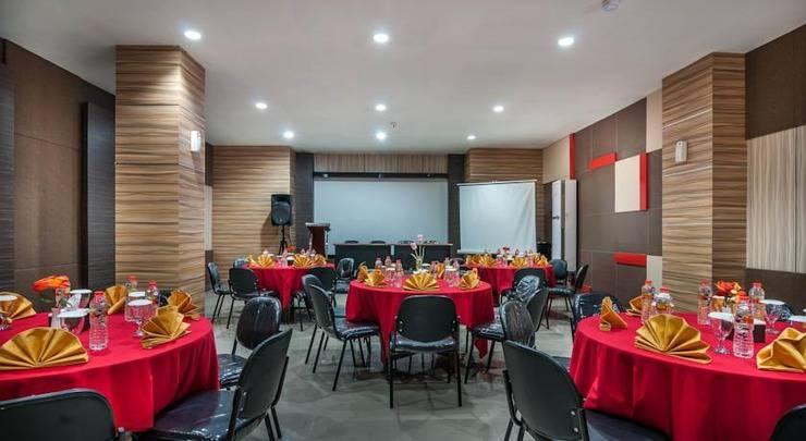 Tree Hotel Makassar - Resto