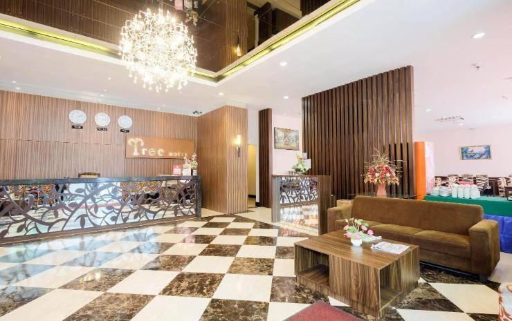 Tree Hotel Makassar - Lobby