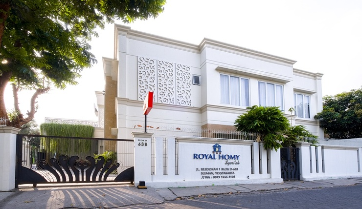 Royal Homy Syariah Yogyakarta - Facade