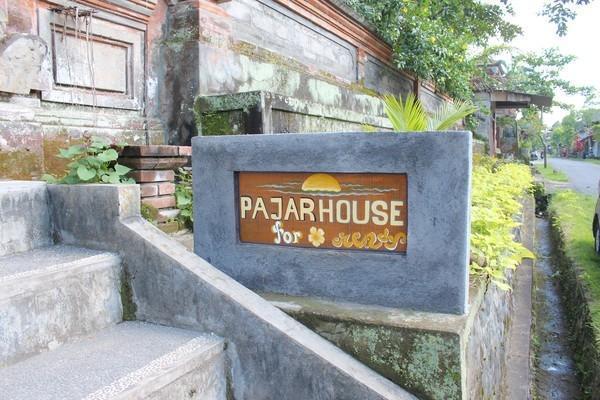 Pajar House Ubud Bali - Sekeliling