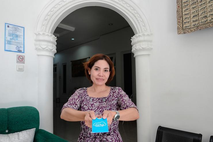 Airy Eco Syariah UNESA Ketintang Madya 151 Surabaya - Receptionist