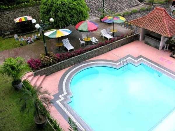 Royal Tretes View Pasuruan - Kolam renang