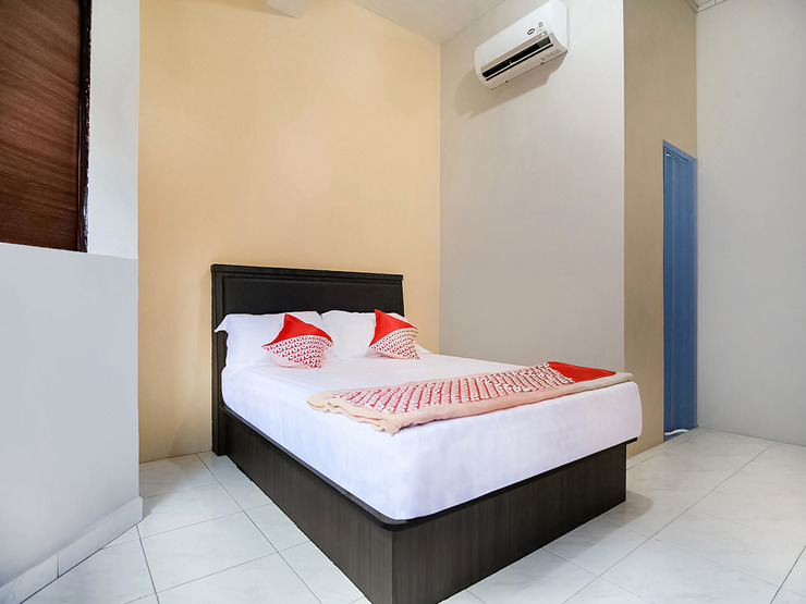 OYO 3212 Coffee Jodoh Homestay Batam - Bedroom