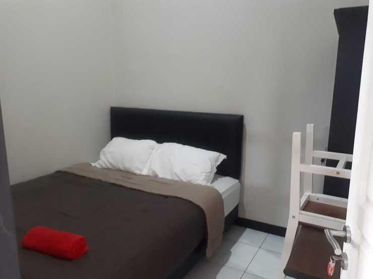Kencana Guest House dan Kost Exclusive Malang - room