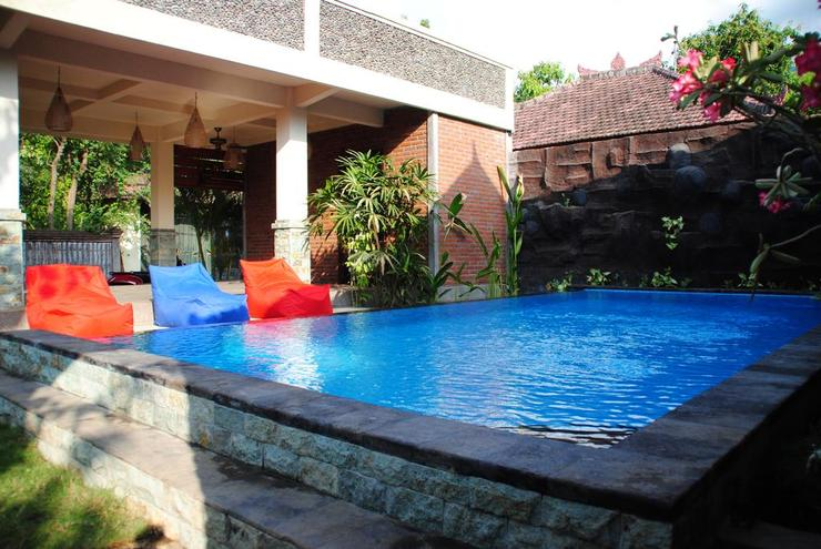 Dimpil Guest House Bali - Pool